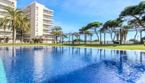 Apartamentos S'Abanell Central Park, Blanes, Girona ...