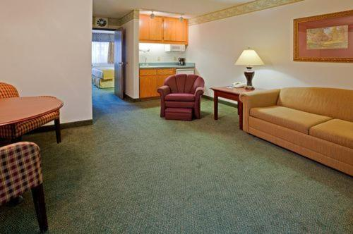 Quality Inn & Suites Eagan Photo