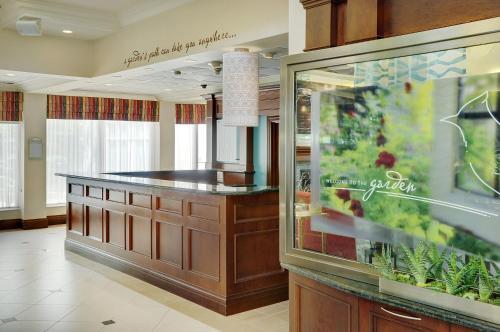 Hilton Garden Inn Toronto-burlington - Burlington, ON L7L 5S3