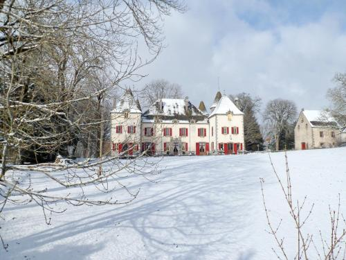 Chateau De Chazelles