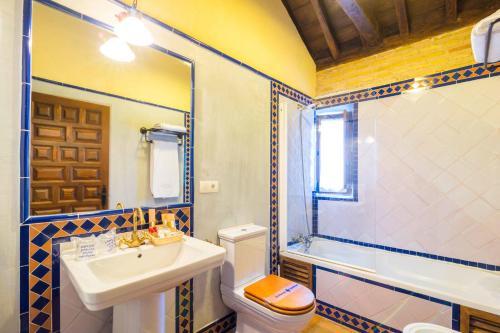 Habitación Doble Deluxe con vistas a la Alhambra Palacio de Mariana Pineda 13