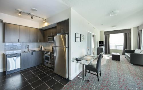 Liberty Suites - Thornhill, ON L3T 0C4