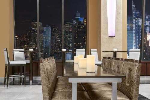 Hilton Times Square photo 5