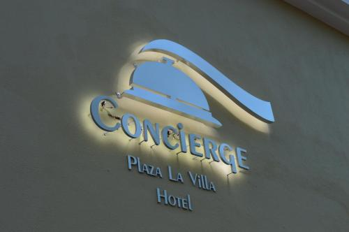 Concierge Plaza La Villa Photo