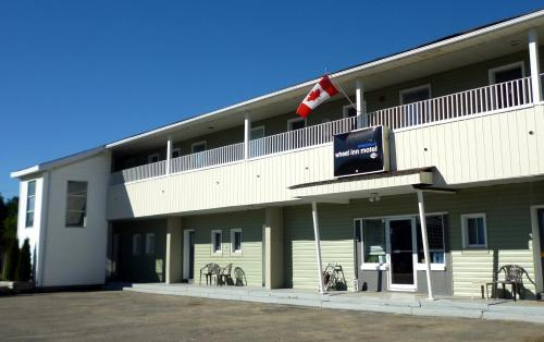 Wheel Inn Motel - New Liskeard, ON P0J 1P0