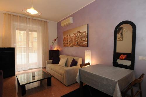 Laura\'s Apartment