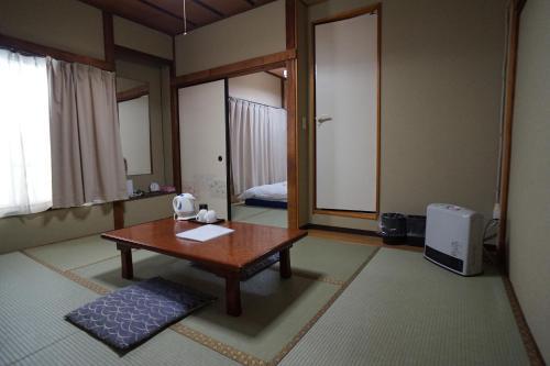 旅館 勝太郎