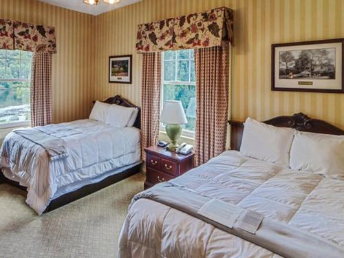 Shawnee Inn And Golf Resort - East Stroudsburg, PA 18356