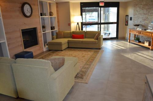 Country Inn & Suites by Radisson, Frederick, MD Photo