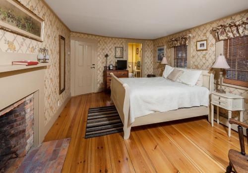 Black Boar Inn Ogunquit - Ogunquit, ME 03907