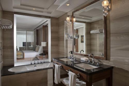 Taj Dubai photo 50