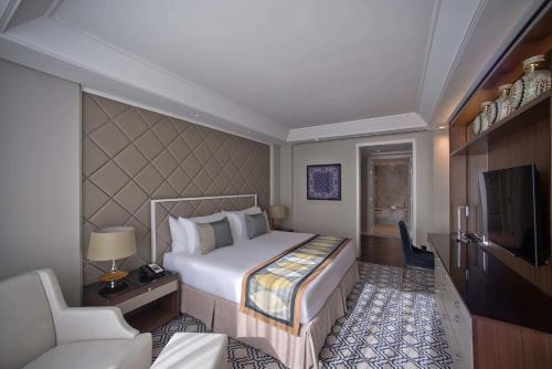 Taj Dubai photo 9