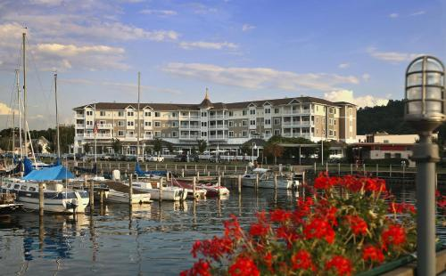 Watkins Glen Harbor Hotel Photo