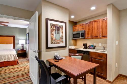 Homewood Suites By Hilton Richland - Richland, WA 99352