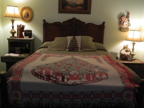 EJ Bowman House Bed & Breakfast Photo