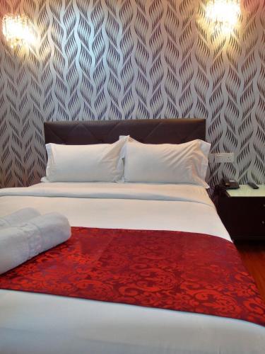 Classic Kinabalu Hotel photo 2