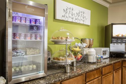 Sleep Inn & Suites Hewitt - South Waco Photo