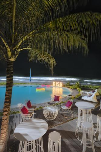 Jl. Pantai Keramas, Medahan, Blahbatuh, Kabupaten Gianyar, Bali 80361, Indonesia.