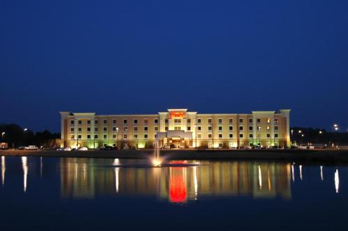 Hampton Inn & Suites Montgomery-east Chase Al - Montgomery, AL 36117