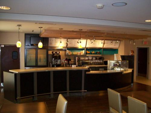 Courtyard By Marriott Indianapolis South - Indianapolis, IN 46237