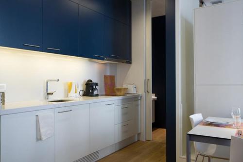 Las Ramblas Suites photo 23