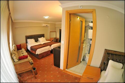 Istanbul Palace Point Hotel online rezervasyon
