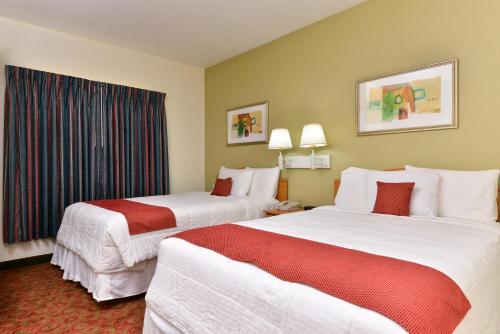 Americas Best Value Inn And Suites Winnie