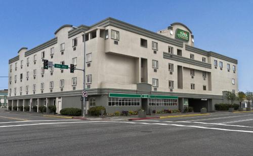 Guesthouse Inn & Suites Anchorage - Anchorage, AK 99501