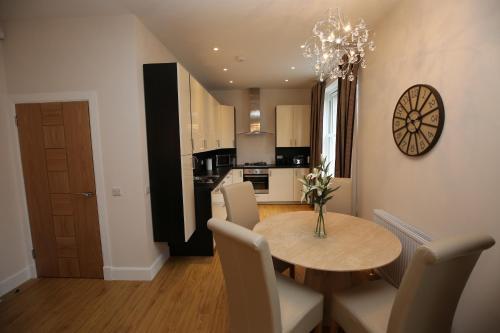 Edinburgh Pearl Apartments Dalry House photo 5