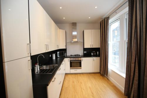 Edinburgh Pearl Apartments Dalry House photo 6