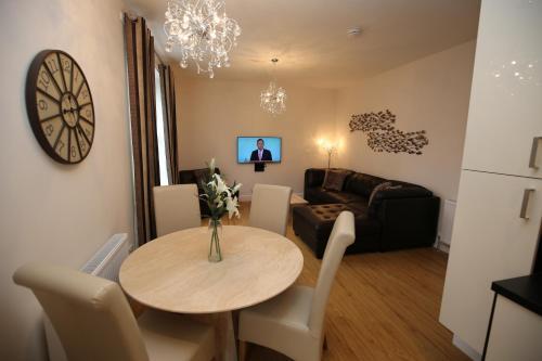 Edinburgh Pearl Apartments Dalry House photo 8