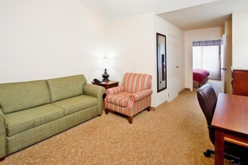 Country Inn & Suites by Radisson, Atlanta I-75 South, GA Photo