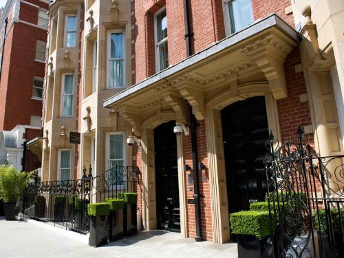 Cheval Phoenix House at Sloane Square impression