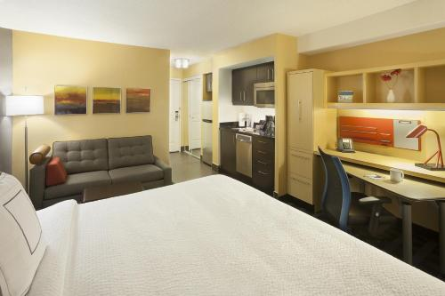 Towneplace Suites Toronto Northeast/markham - Markham, ON L3R 1A3