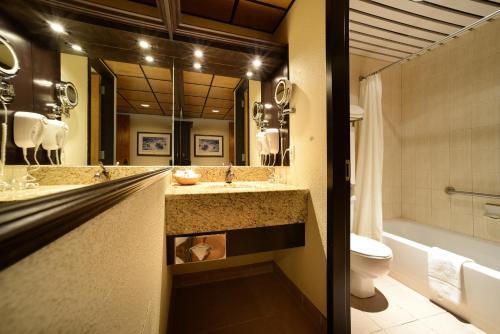 Hotel Le Montagnais Photo