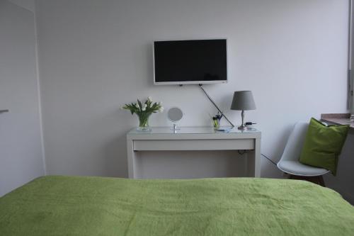 MK Apartments photo 2