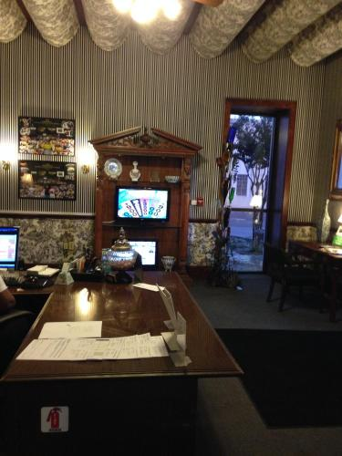 Greenville Inn & Suites - Greenville, MS 38701