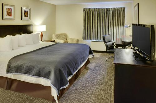 Travelodge By Wyndham Vancouver Airport - Richmond, BC V6X 3K4