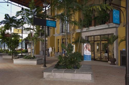Stay In CR Los Sueños Condos Photo