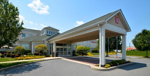 Hilton Garden Inn Allentown West Photo