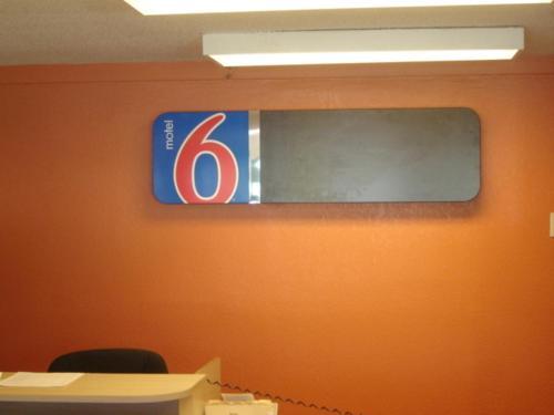Motel 6 Bloomington Indiana University - Bloomington, IN 47404