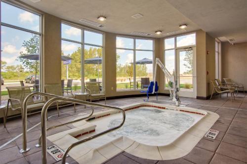 Hilton Garden Inn Benton Harbor Photo