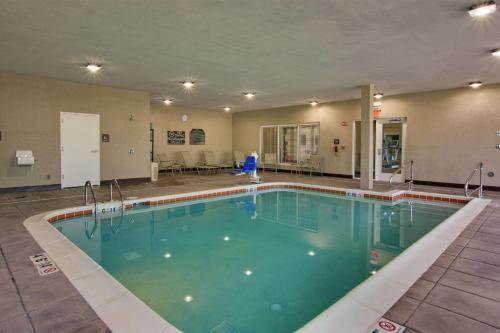 Hilton Garden Inn Benton Harbor / St. Joseph - Benton Harbor, MI 49022