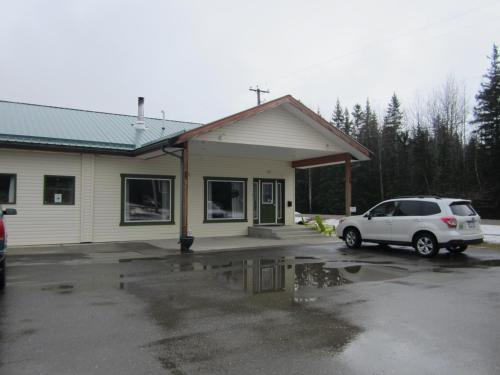 Bell Mountain Motel Mcbride - McBride, BC V0J 2E0