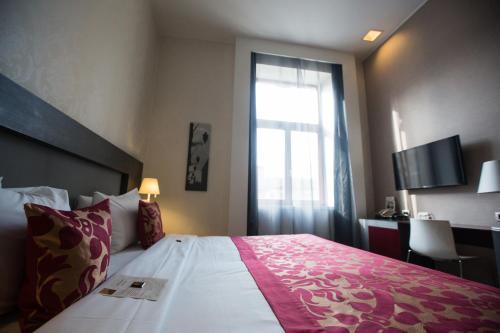 Hotel Palazzo Zichy - 23 of 54