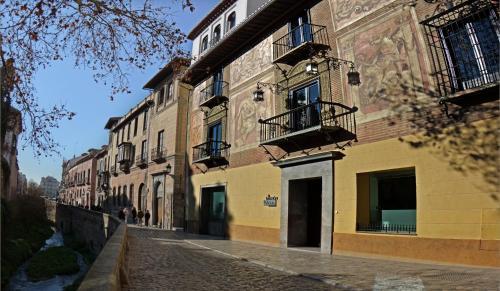 Carrera del Darro, 13, 18010, Granada, Andalucia, Spain.