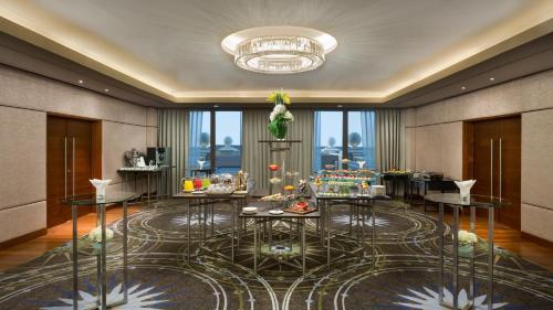 Kempinski Hotel Mall of the Emirates photo 47