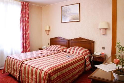 Hotel Meslay Republique photo 4