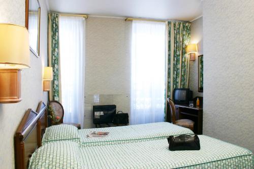 Hotel Meslay Republique photo 6