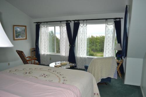 Pioneer Inn Guesthouse - Homer, AK 99603